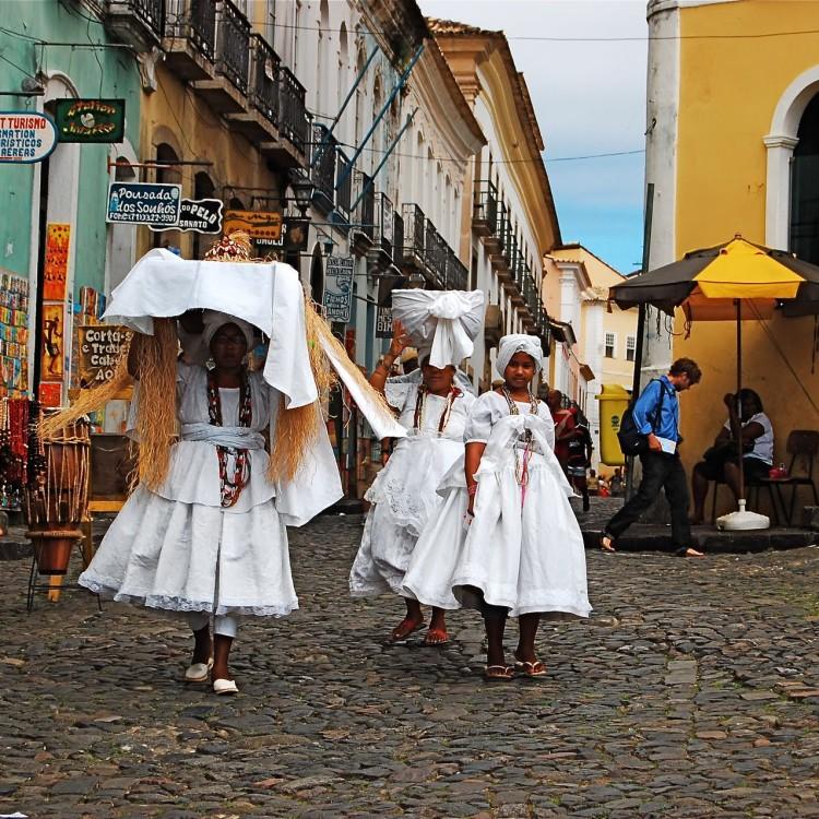 Ofrendas a Obaluaé (Babalú Ayé en Cuba), Pelourinho, Salvador, Bahía, Brasil